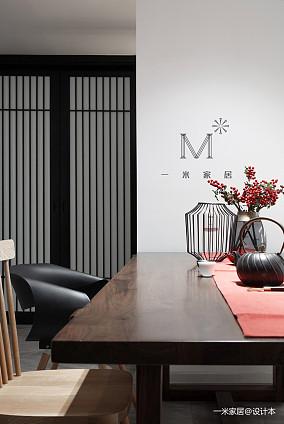 精致66平中式二居装饰图片