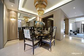 质朴130平中式四居餐厅装修案例