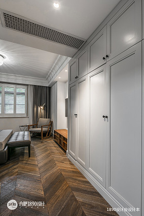 轻奢艺术混搭风卧室衣柜设计