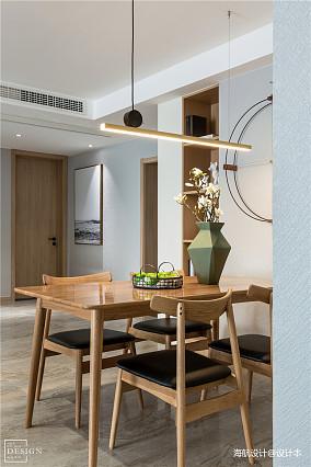 大气107平北欧三居餐厅设计效果图