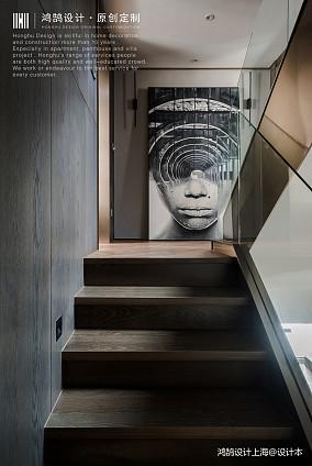 """优雅""""高级灰""""楼梯设计"""