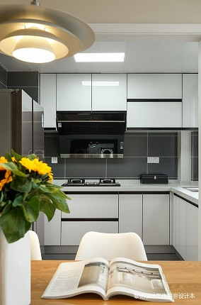 质朴83平北欧三居厨房装修美图