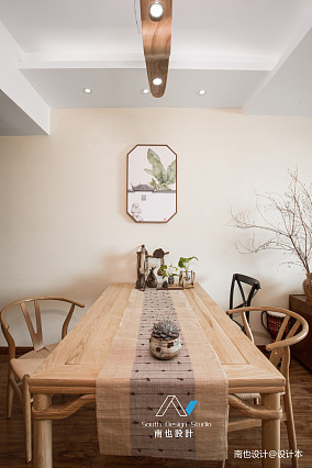 明亮39平混搭小户型餐厅装饰图