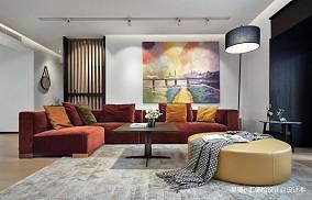 独特现代风客厅沙发图