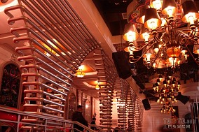 酒吧设计效果图 酒吧吊顶效果图