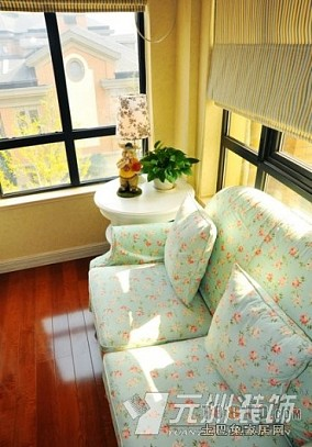 客厅沙发背景墙体绿化装饰设计