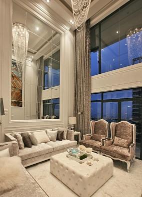 136平米欧式别墅客厅装修图